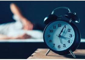 Αϋπνία: Ποια τα προβλήματα που προκαλεί στη συνολική μας υγεία και πώς να την αντιμετωπίσουμε!
